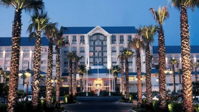 South Africa: Former Employee of Luxury Cape Town Hotel Guilty of Money Laundering 2