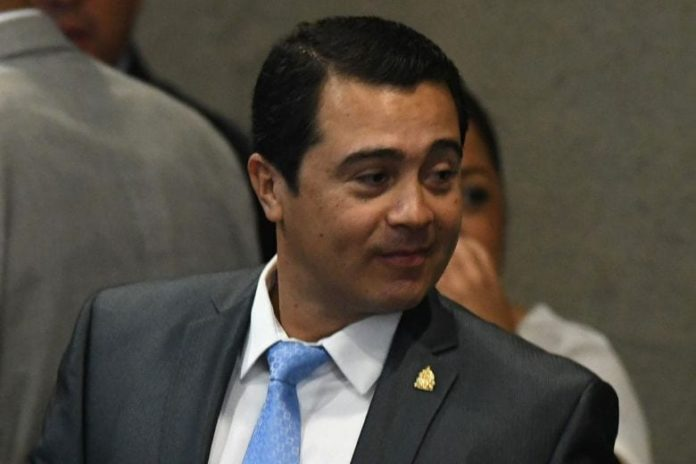Brother of Honduran president detained in Miami for 'conspiring to import cocaine' 2