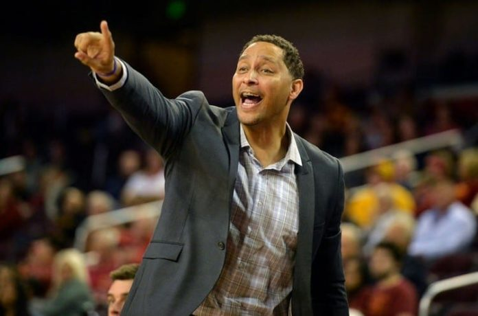 College Basketball: Tony Bland, former Southern Cal assistant, pleads guilty to bribery 2