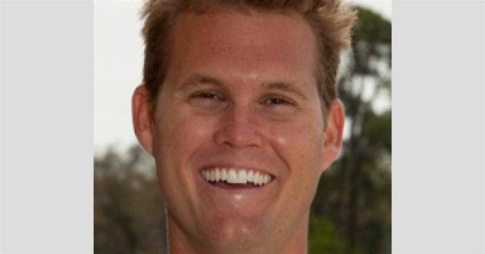 College admissions scandal: Accused test taker Mark Riddell to plead guilty