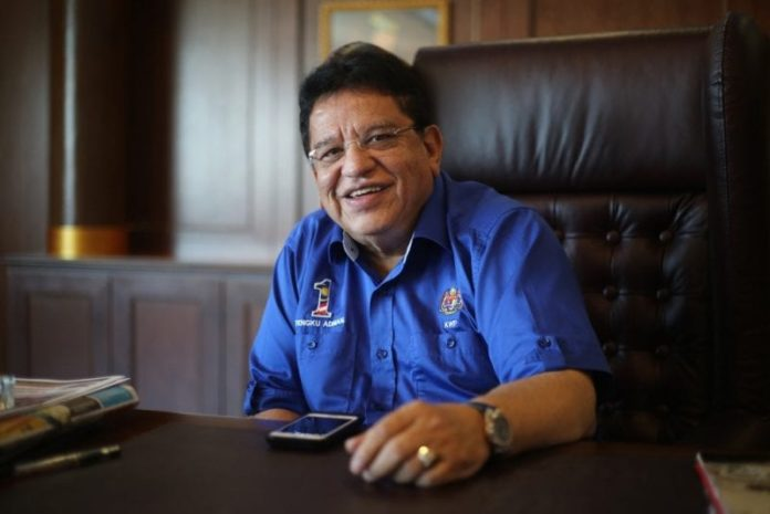 Ex-minister Tengku Adnan faces trial on RM2 mil bribery charge 2