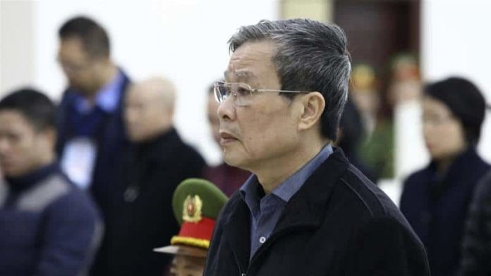 Vietnam court sends former communications minister to life in prison for receiving bribes 2