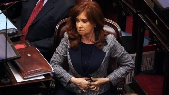 Argentina ex-president Kirchner testifies in corruption trial charging her with diverting public funds 2