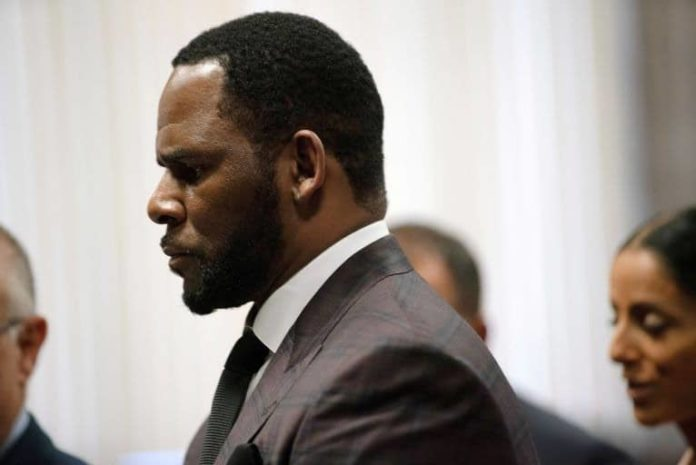 R. Kelly charged with bribery over 1994 marriage to Aaliyah 2