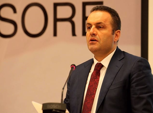 Albanian top prosecutor faces corruption allegation 2