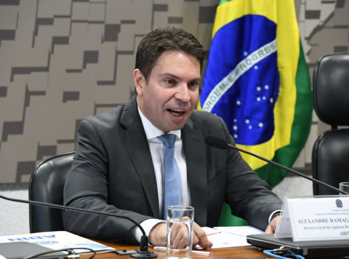 Brazil's President Bolsonaro appoints family friend as police chief amid corruption allegations 2