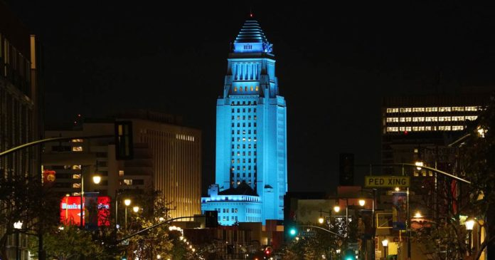Los Angeles City Hall fundraiser pleads guilty to bribery