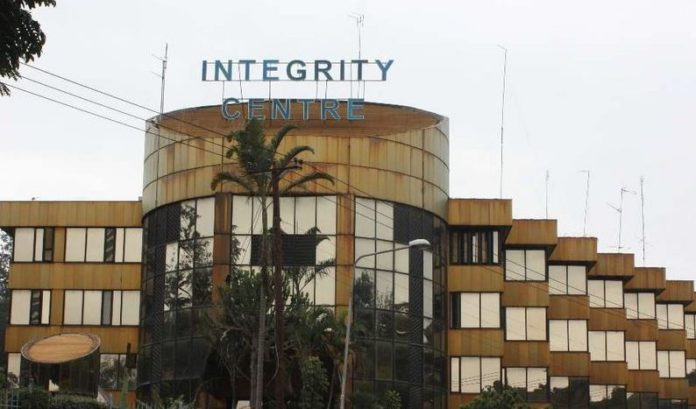 Kenya: Former anti-graft employees charged for receiving bribes from police officer