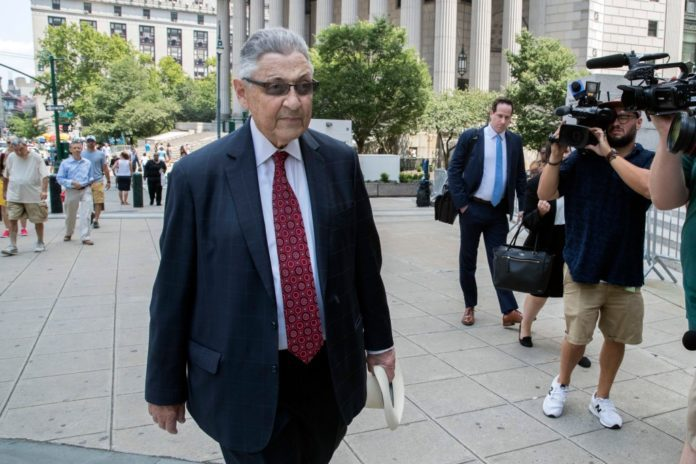 Former New York assembly speaker Sheldon Silver gets six years prison in corruption case
