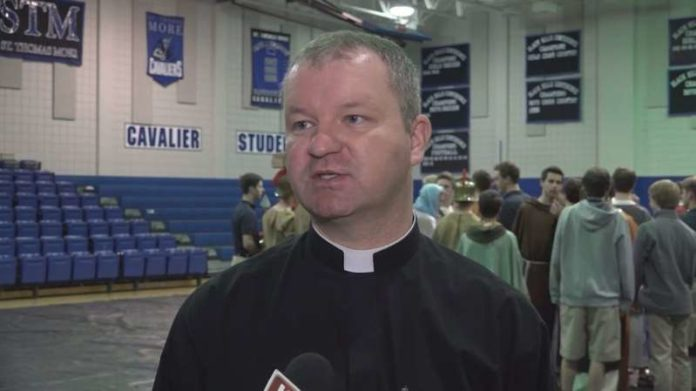 Former priest to repay $260,000 he stole from parishes