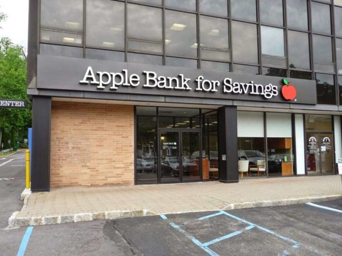 Apple Bank for Savings fined $12.5 million for breaching anti-money-laundering laws