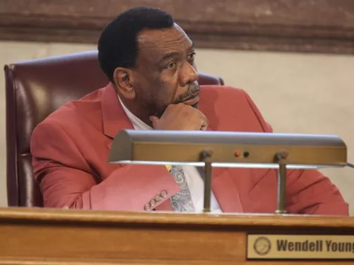 Cincinnati Council Member Wendell Young indicted for tampering with records